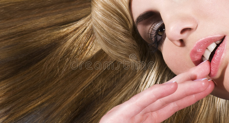 красивейшая белокурая женщина стоковые фото