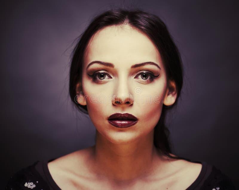 красивейшая блестящая женщина стоковые фотографии rf
