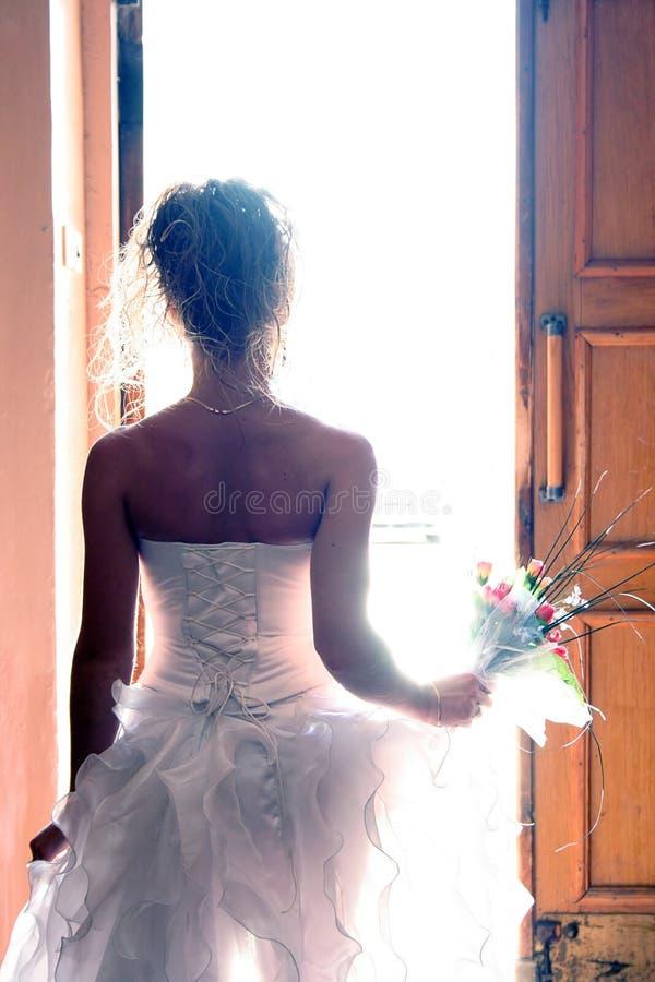 красивейшая встреча жизни невесты новая стоковая фотография