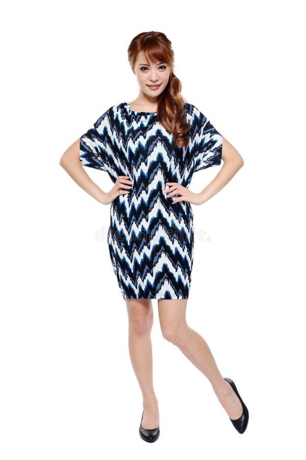 Красивейшая девушка модели способа азиатская в самомоднейшем платье стоковое изображение rf