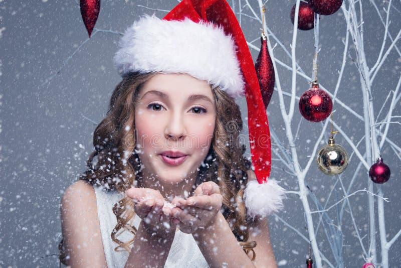 красивейшая девушка рождества крышки стоковая фотография rf