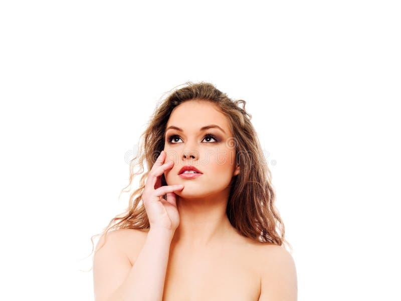 красивейшая женщина курчавых волос длинняя стоковые фотографии rf