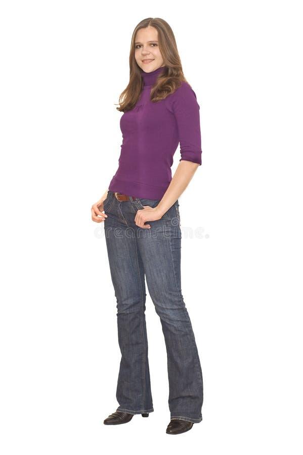 Красивейшая молодая женщина в франтовских вскользь одеждах стоковые изображения rf