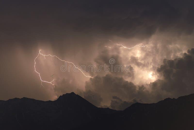 красивейшая молния стоковое фото