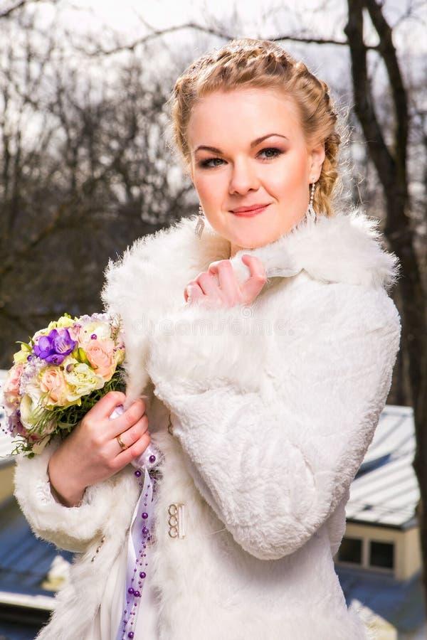 Download красивейшая невеста стоковое фото. изображение насчитывающей кавказско - 40584848