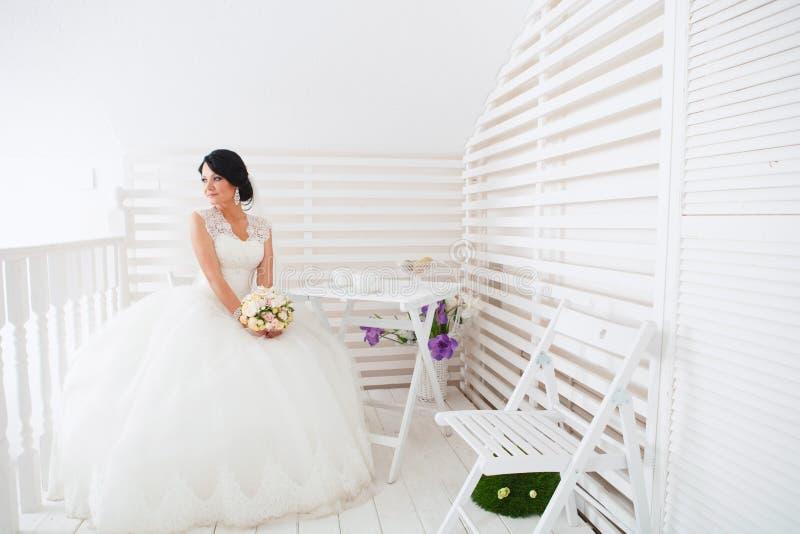 красивейшая невеста стоковые изображения