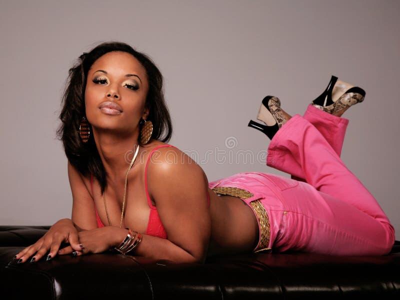 красивейшая чернокожая женщина стоковая фотография
