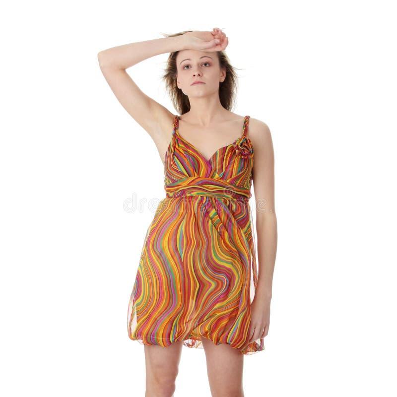 красивейшее лето модели девушки платья стоковое изображение