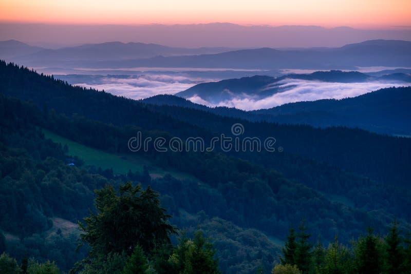 красивейше горы рассвета очень стоковое изображение