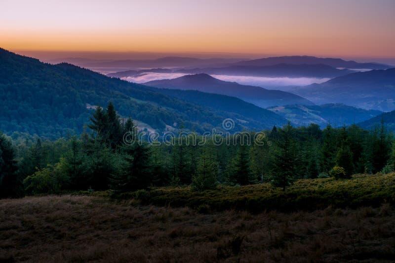 красивейше горы рассвета очень стоковое фото