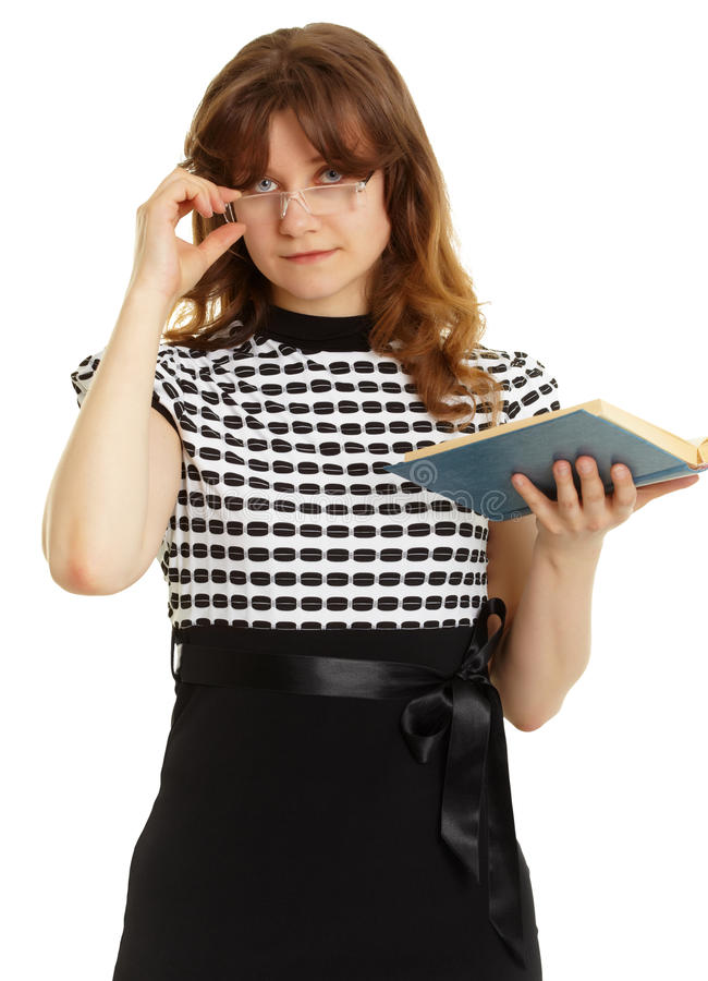 красивейшие детеныши женщины стекел книги стоковые фото