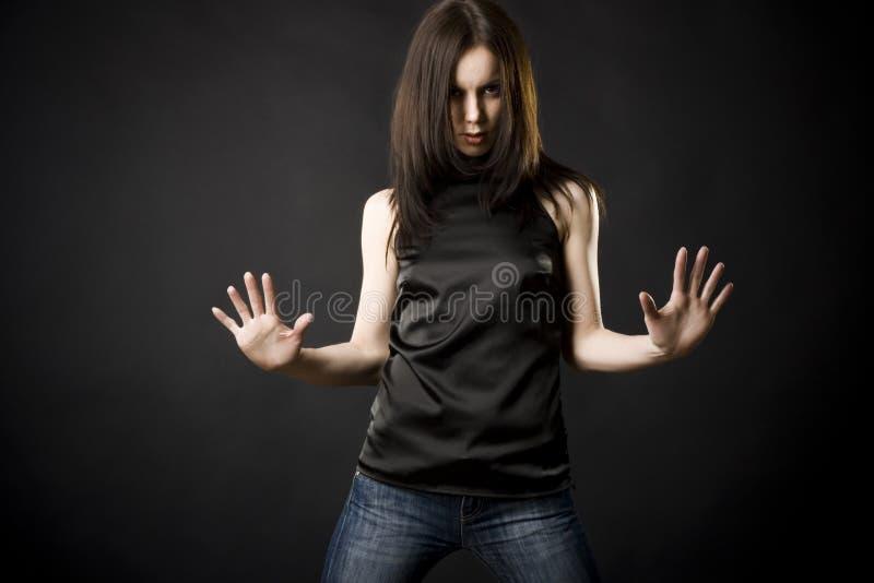 красивейшие детеныши женщины темных волос стоковое изображение