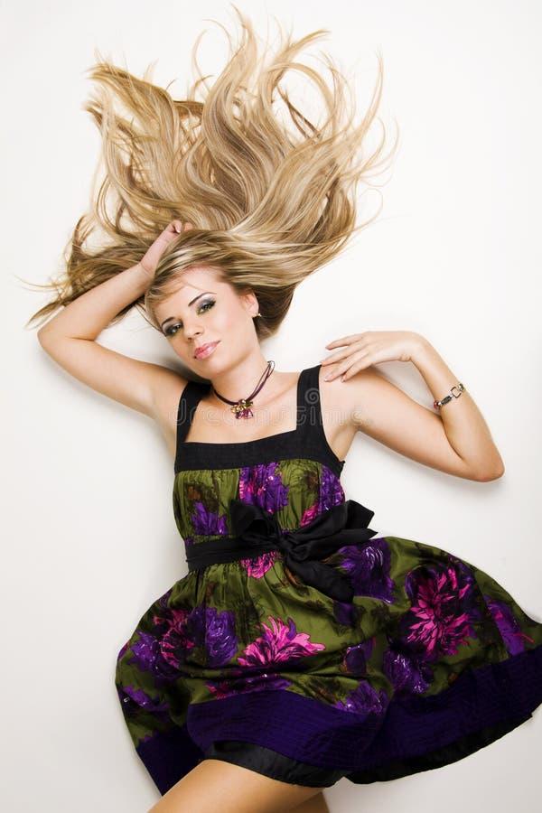 красивейшие детеныши повелительницы волос стоковое изображение
