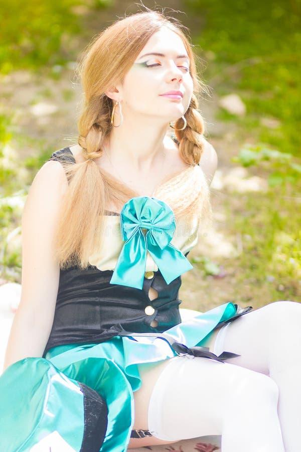 Download красивейшие детеныши женщины портрета Стоковое Изображение - изображение насчитывающей бобра, повелительница: 40581593