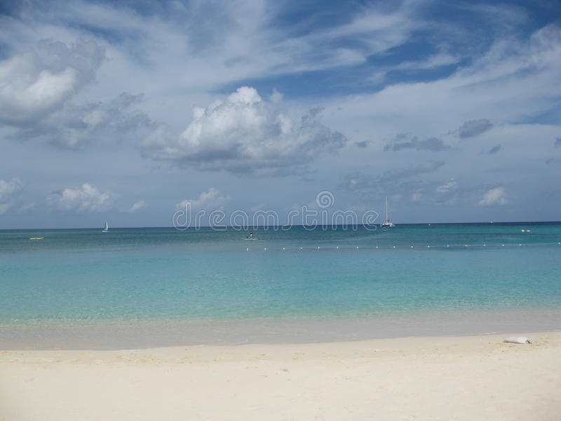 красивейший взгляд океана стоковое изображение rf