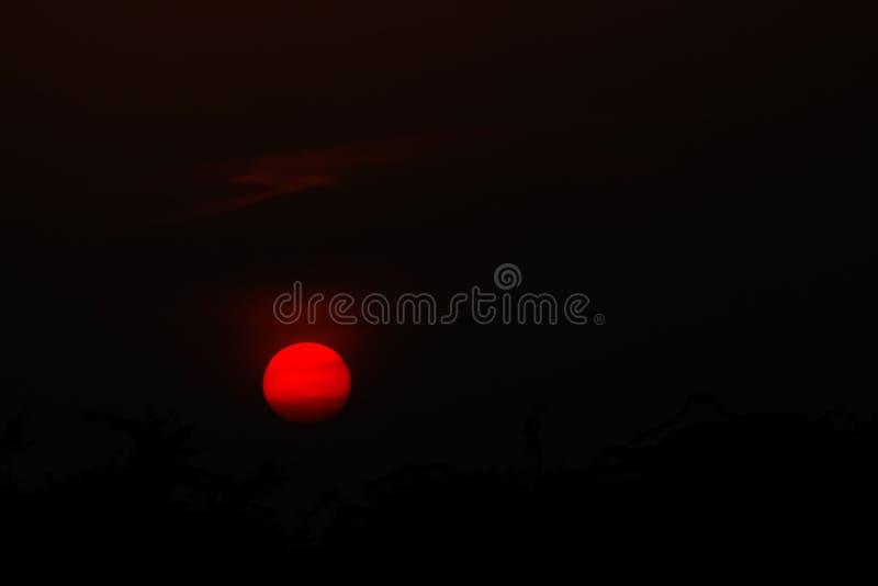 Красивейший заход солнца стоковые изображения rf
