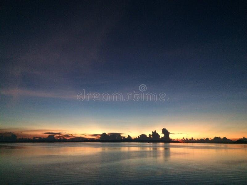Красивейший заход солнца в Таиланде стоковая фотография rf