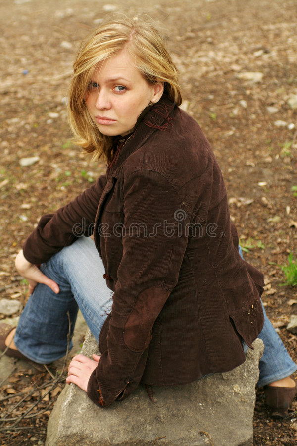 красивейший отдыхать девушки стоковое изображение
