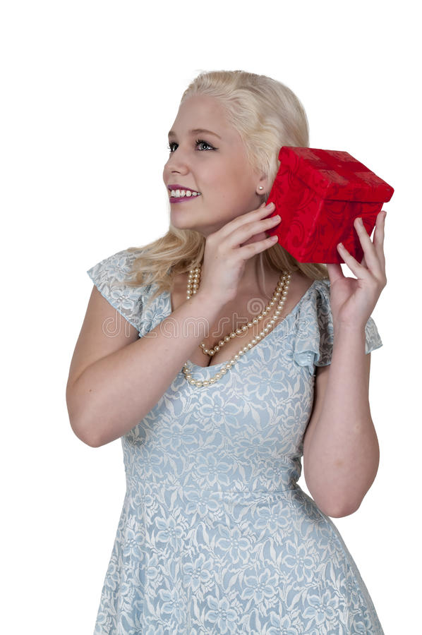 Красивейший подарок удерживания женщины стоковое изображение rf