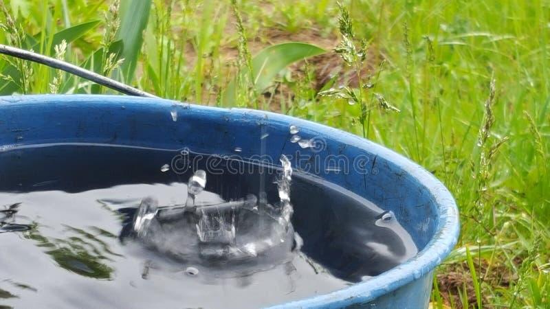 красивейший руек падает вода snaefellsnes реки полуострова движения Исландии малая стоковые изображения