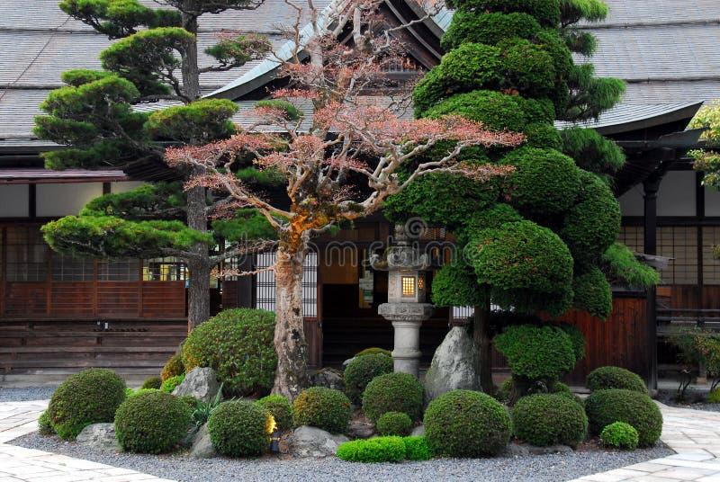 красивейший японец сада стоковое изображение rf