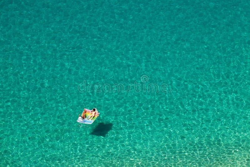Красивое море бирюзы стоковые изображения rf