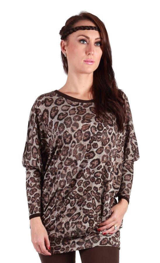 Красивое платье тигра девушки стоковые изображения