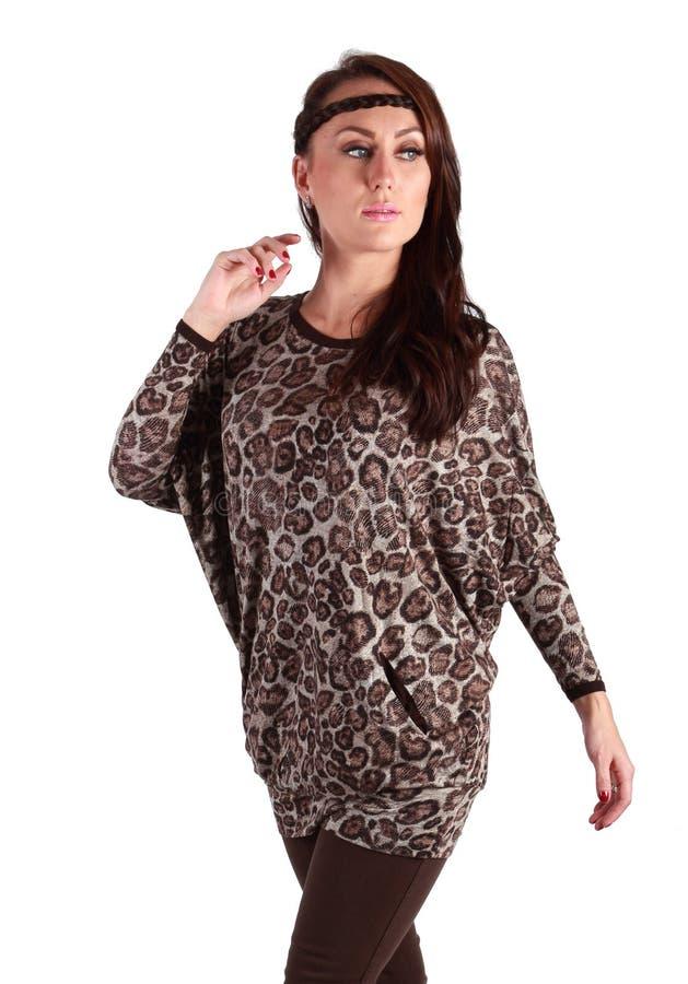 Красивое платье тигра девушки стоковые фотографии rf