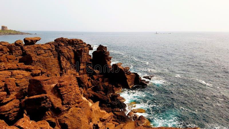Красивое побережье Средиземного моря в Portoscuso, Carbonia-Иглезиас, юге Сардинии, Италии стоковое изображение rf
