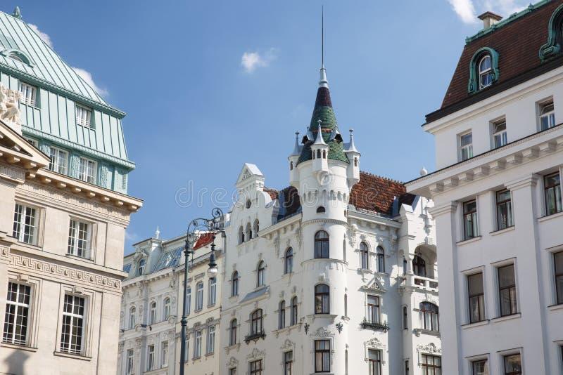 Красивое старое здание в квадрате Am Hof, в центре города i стоковые фотографии rf