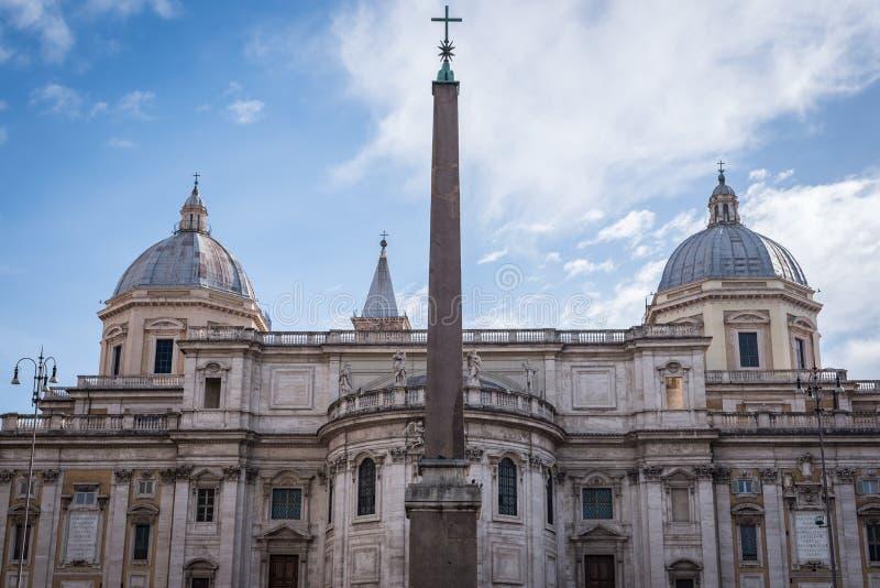 Красивое старое римское строение в Риме стоковое фото rf