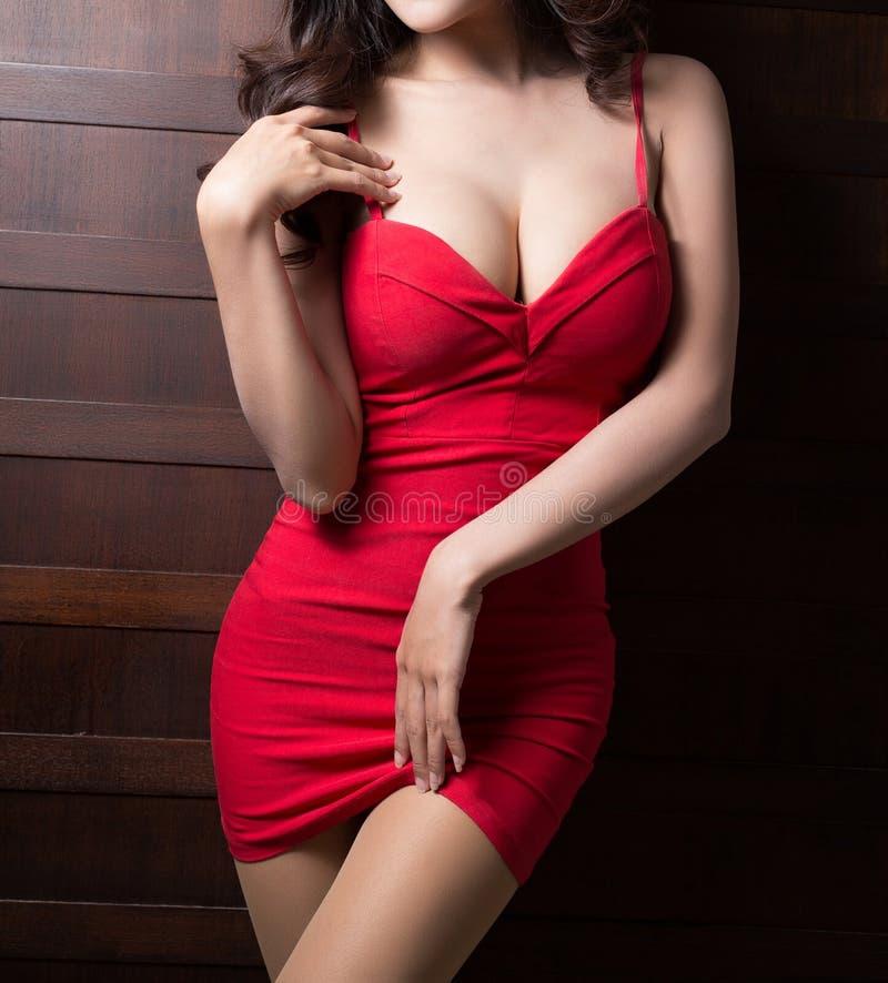 Красивое тело женщины стоковое изображение