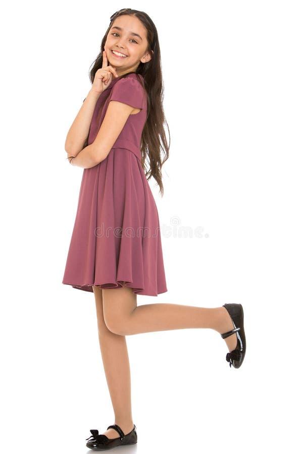 Красивое элегантное темное с волосами фото девушки полностью стоковые фотографии rf