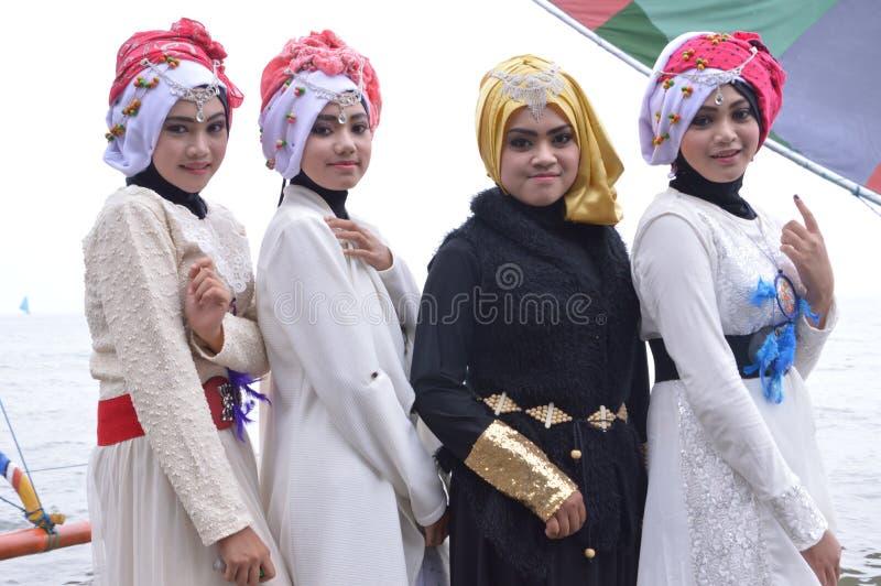 Красивое Muslimah стоковые фотографии rf