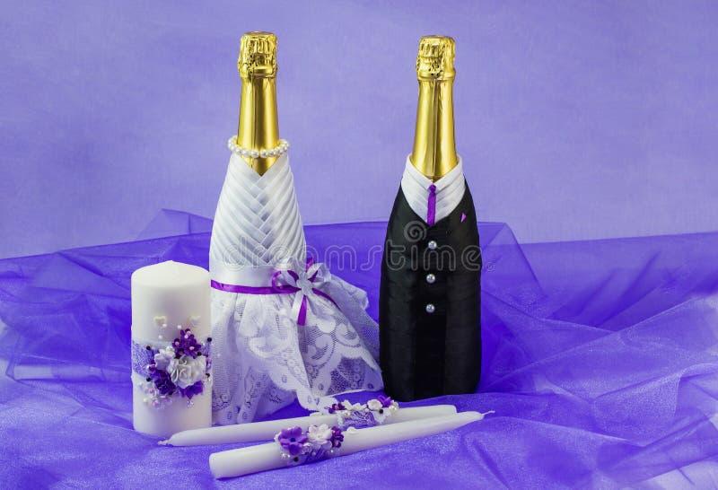 Красиво украшенные атрибуты свадьбы стоковая фотография rf