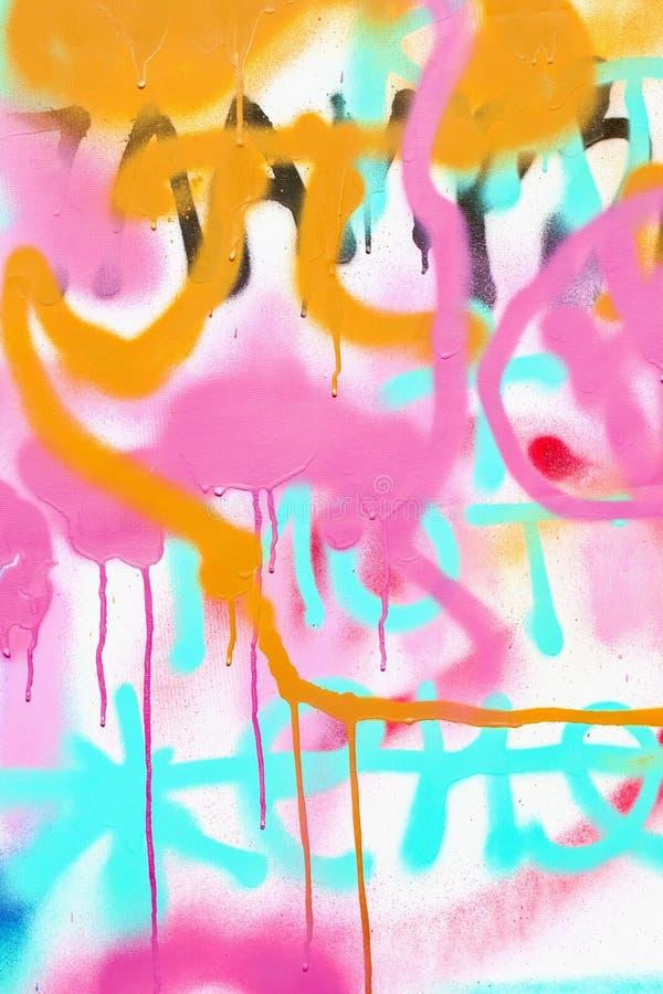 Красивые граффити искусства улицы, деталь Абстрактные творческие цвета моды чертежа на стене города Городское современное стоковое фото rf