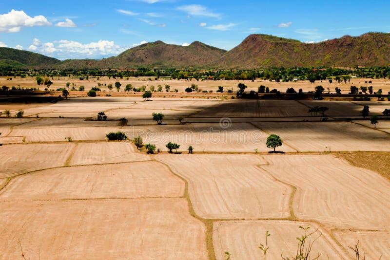 Красивые естественные земля и гора ландшафта видят высокий взгляд стоковая фотография