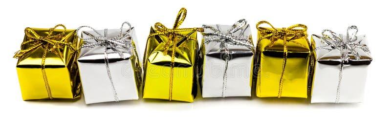 Красивые подарки на рождество изолированные на белой предпосылке стоковые изображения