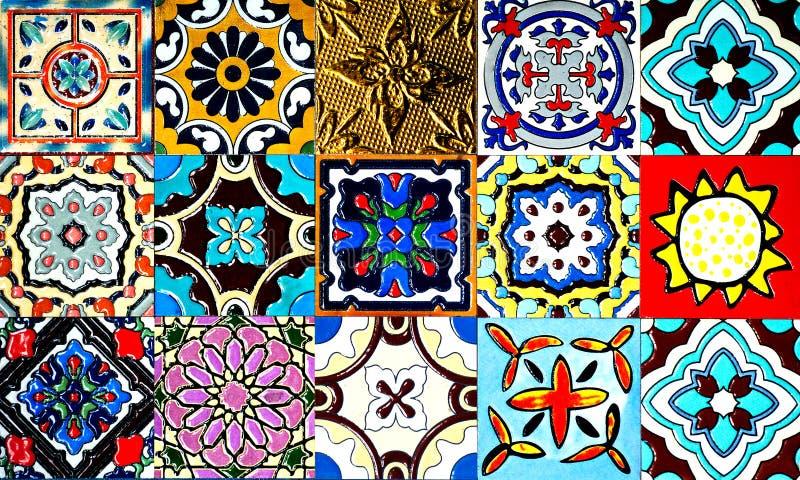 Красивые старые картины керамических плиток стены handcraft от публики Таиланда стоковая фотография