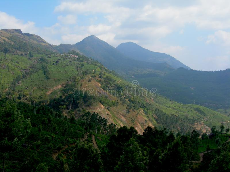 Красивые сценарные обозревают взгляд долины на утре осени стоковое изображение
