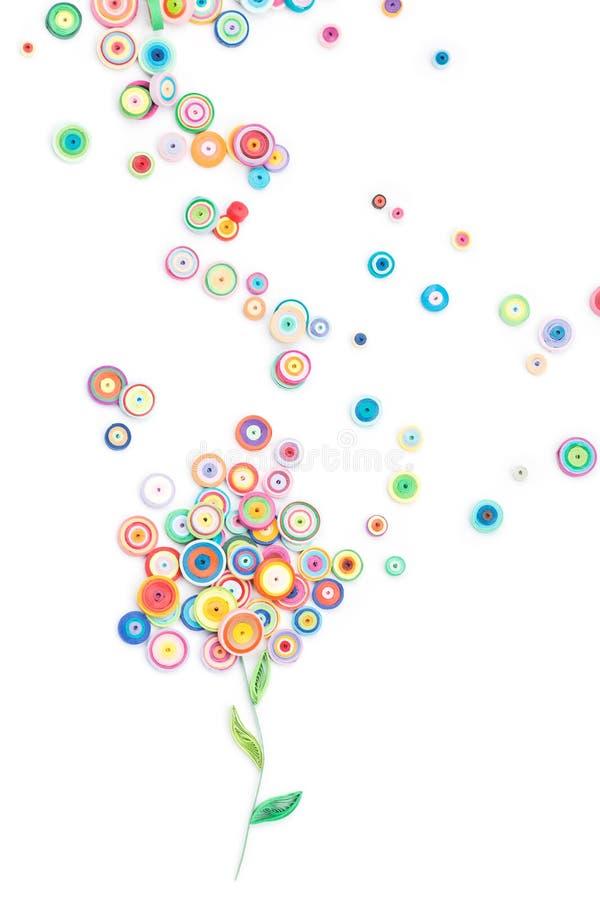 Красивые цветки сделанные в quilling искусстве стоковые изображения rf