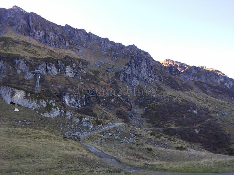 Красивые швейцарские горы, свежий воздух стоковые изображения