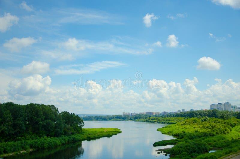 Красивый ландшафт, мост стоковое изображение