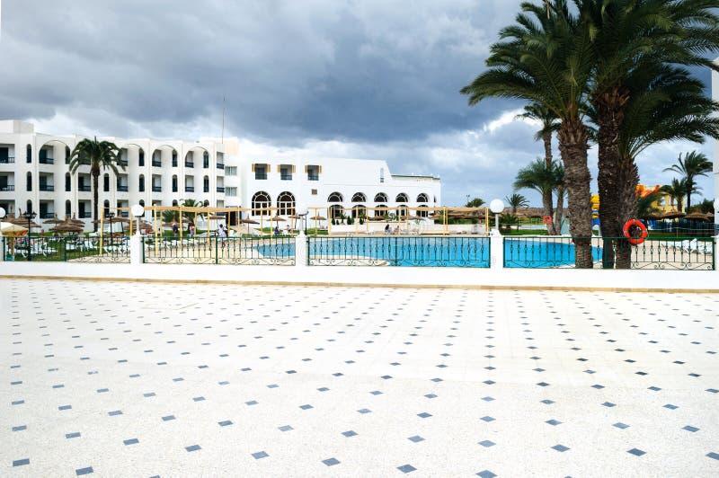 Красивый бассейн в горячем курорте стоковая фотография rf