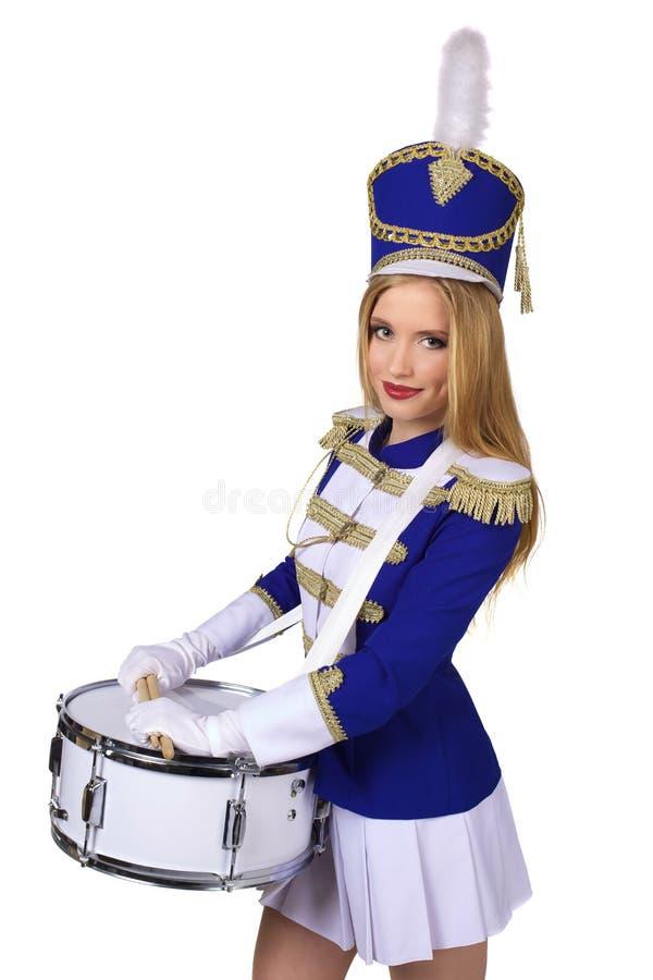 Красивый белокурый барабанщик женщины стоковая фотография rf