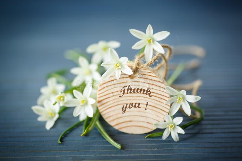 Красивый букет белых цветков стоковое фото