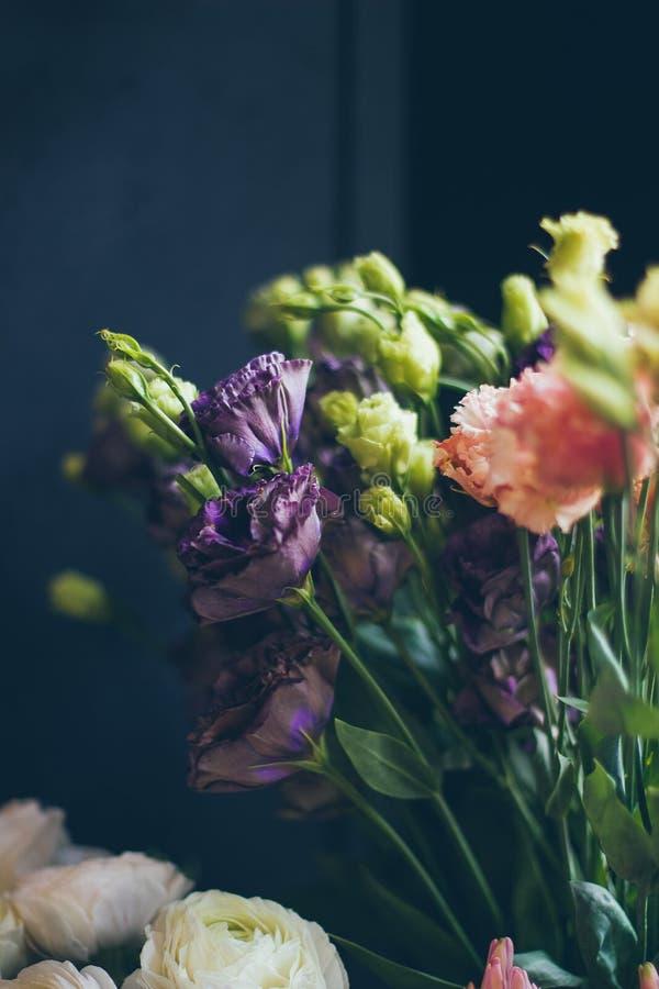 Красивый букет цветка eustoma стоковое фото