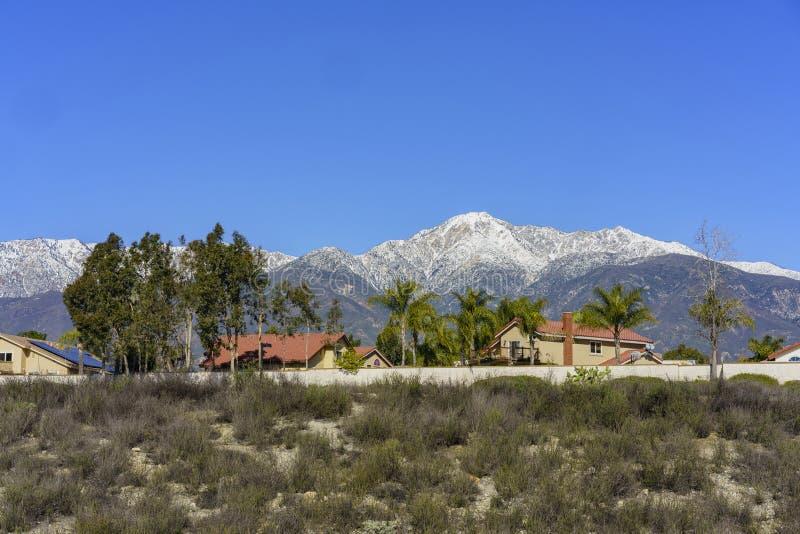 Красивый взгляд Baldy держателя от Rancho Cucamonga стоковые изображения