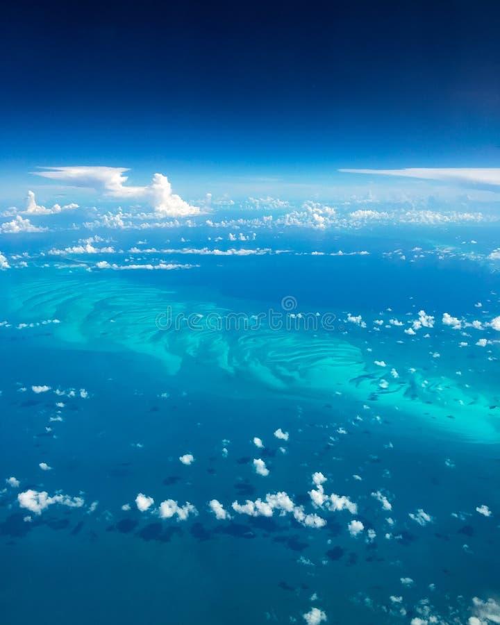 Красивый вид с воздуха Багамских островов стоковое изображение rf