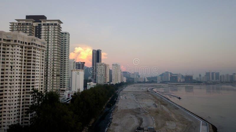 Красивый вид с воздуха городского пейзажа ландшафта Penang Малайзии на М стоковое изображение